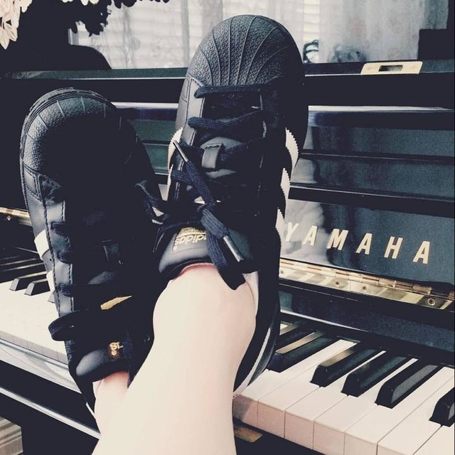 #adidassuperstar #3stripestyle #3stripes