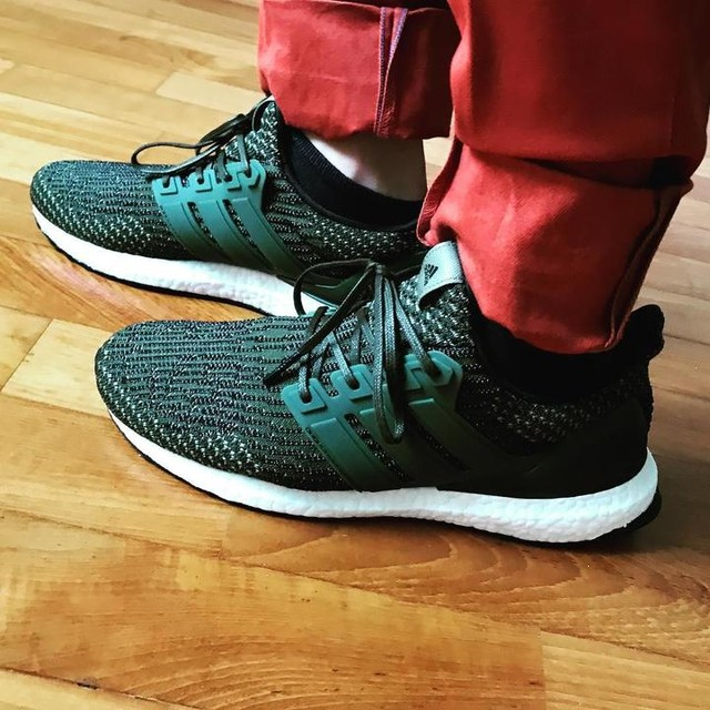 Adidas Ultra Boost 3.0 Burgundy for sale · Slang