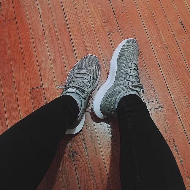 Yêu em 💋💋💋 I got it ❤️❤️❤️ Love myself 🤔🤔🤔 #adidas #tubular #shadow