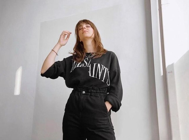 intkat - Dropout Crew Sweatshirt