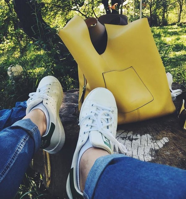 #summer #georgia #nature #relaxed #stansmith #addidas #fashion #bag #like4like #instagood #chillin #girl #frenchie