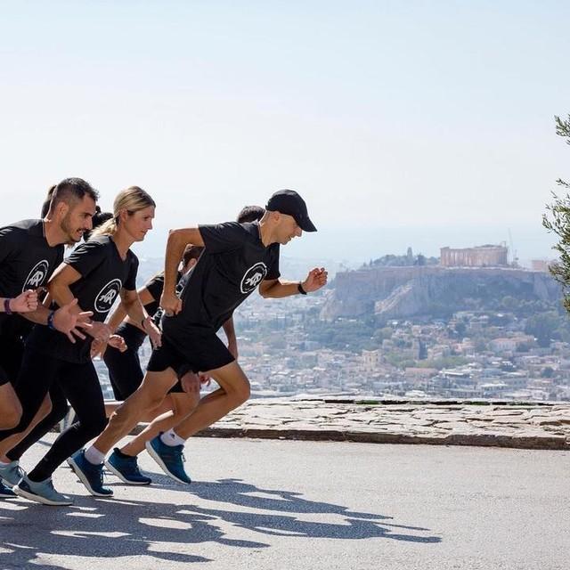 Ξεκινάμε δυναμικά τη βδομάδα σήμερα με τους adidas Runners Athens 🏃🏻🏃🏻♀️🏃♀️ 18.00 Run Stronger 💪 18.45 Speed Squad 🎯 19.30 Youth Run 😜 Ραντεβού στο adidas Runbase Καλή βδομάδα 😎 #adidasrunnersathens #takechargeathens #adidasrunners #athens