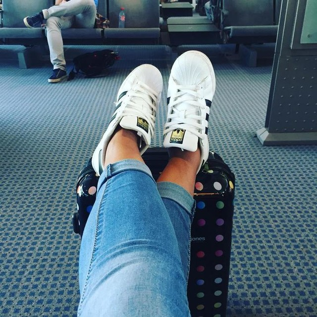 #airport #fly #holidaysmood #valise #superstar #grece #crete #entresoeur #departure #instamoment #picoftheday #instamood #instaholiday #marignane #enattente #1semaineloindetout #cestpartimonkiki #farniente