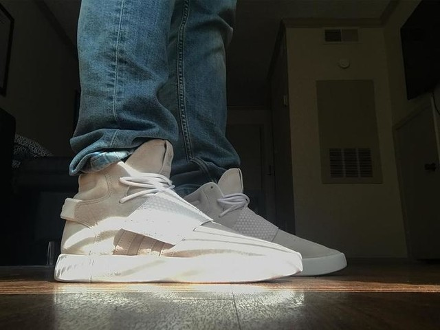 Rays da feets /// #adidas #adidasoriginals #tubular #invader #threestripes #3stripesstyle #hypebeast #highsnobiety #sneakerhead #sneakers