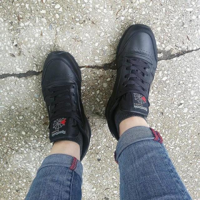 Reebok leather classic 👌 #reebok #reebokclassic #reebokleatherclassic #reebokblack #newshoes #newin #classy #vintage #stylish #sztos #loveit #vsc #vsco #vscocam #vscogram