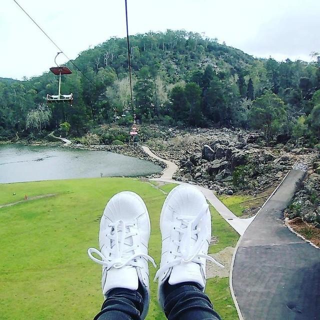#superstar #adidas #cataractgorge #australiatravel #followback #travelblog #travelhk #enjoy #like4follow #tasmania #lauceston #tripaustralia