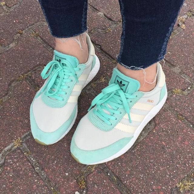 Adidas INIKI 💙 #freshsneakers#sneakerhead#ohlala#adidas#iniki