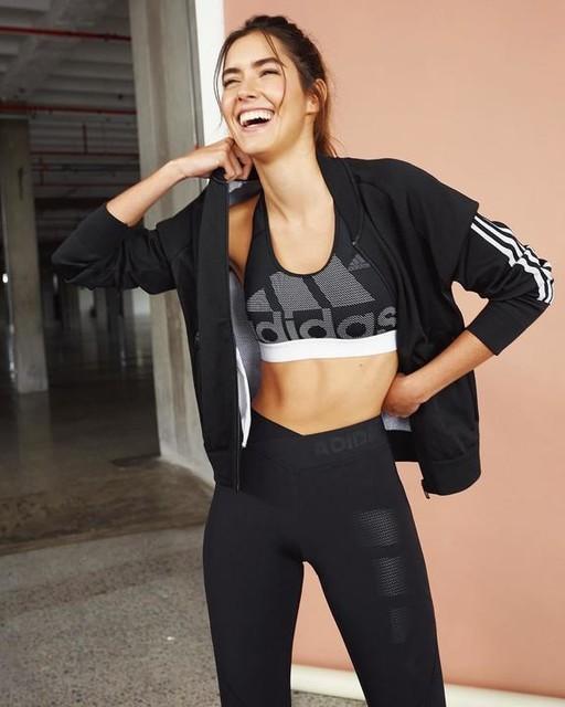 Este es uno de mis looks favoritos para hacer ejercicio. 🏋️♀️ ¡Pueden comprarlo en la página de Adidas! El link esta en mi biografía. ❤️ Pd: Estaré publicando sus fotos con mis looks. 😎