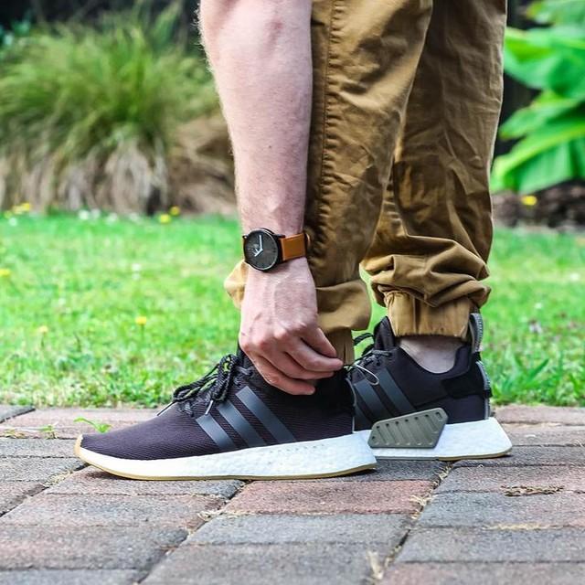 New Year. New Kicks. #adidas #nmd #sneaker #sneakerhead #kicks #shoes #adidasnmd #adidasshoes #3stripesstyle #newyear #new #nmdr2 #adidasboost #adidasoriginals