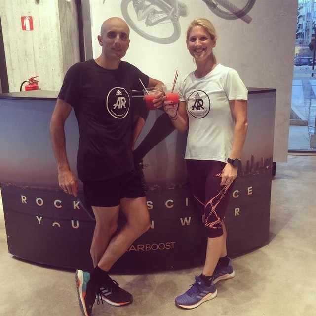 Η Solar Week των adidas Runners Athens ξεκίνησε από το adidas store Ελληνικού με χαλαρό τρέξιμο στη δύση του Ήλιου και μετά κοκτεϊλ πάρτυ. Συνεχίζουμε με ...διαστημική τεχνολογία και τις επόμενες μέρες! #solarweek #solarboost #adidasrunners #takecharge #athens #adidasrunnersathens #takechargeathens