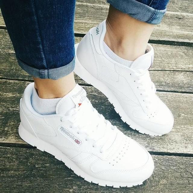 New babies 💕💕 . #reebokclasics #reebok #reebokclassicpolska #white #new #newin #reebokclasic #shoes #polishgirl #loveit #newbabies #spring #instagirl #girly