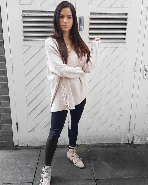 L O R E N A ? - Able Geschnürter Pullover