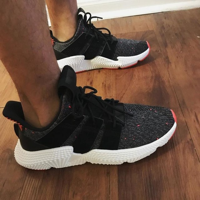 Rocking the new kicks today for the first time, thanks @mandi_rdgz for the gifts love you #adidas #forever #classic #prophere #clean #allday