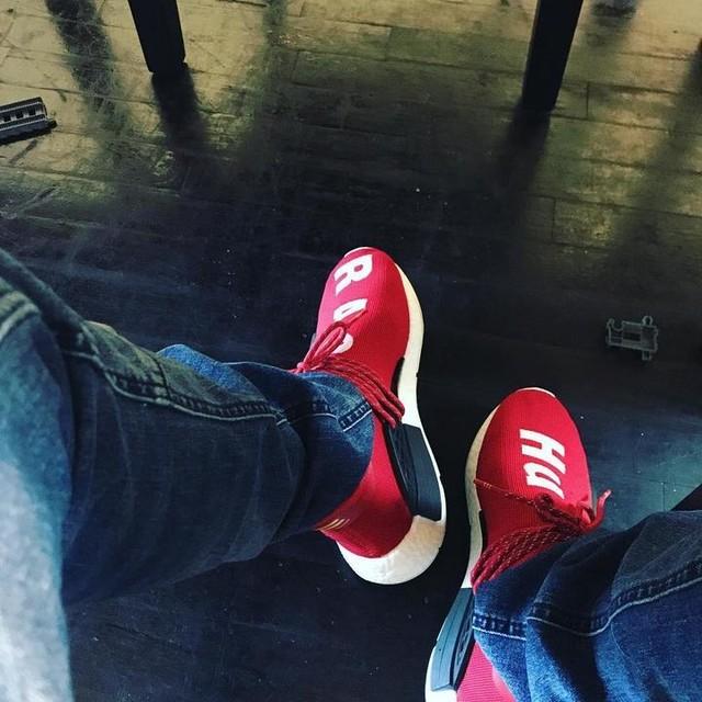 Human race on feet ☁️ ☁️☁️ #nmd #adidas #adidasoriginal #humanrace #pharrellwilliams #red #miami #hialeah #fl