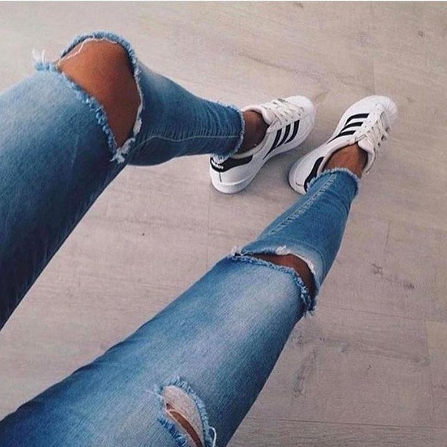 Adidas Superstar 2 White/White on feet