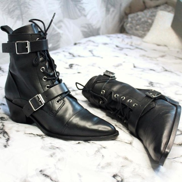 whathannahdoes - Botas Lucie