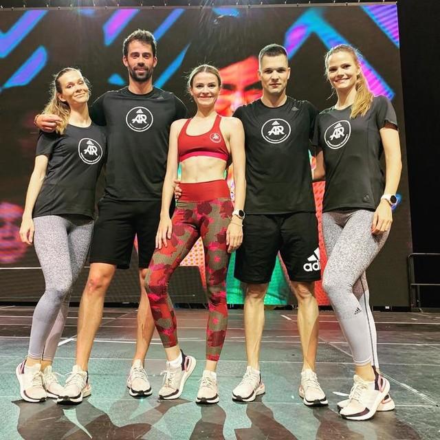 AR CREW at the Fitbalance event • . . . #crew #adidas #adidasrunners #adidasrunnersbudapest #presenter #adidasrunning #running #run #fitness #fitnessgirl #fitnessfreaks #lifestyle #sport #fitbalance #budapest #hungary