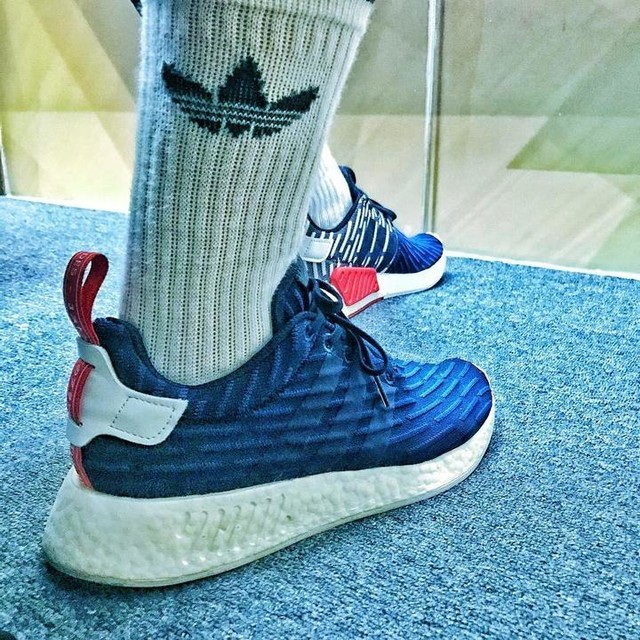 Navy / White R2s ... #AdidasNMDR2PK  #NMD #NMDR2 #SneakerShouts #KicksOnFire #SneakerFiles #KOTD #KicksOfTheDay #Sneakerhead #Sneakers #PrimeKnit #Kicks #3StripeStyle #3Stripes #Shoegasm #Shoephoric #Shoestagram #KicksDaily #Kickstagram #DailyKicks #DailySneaks #BeastOfSneakers #adidas #NMDrunners #NMDnation #BoostVibes #AdidasNMD #NMDvibes