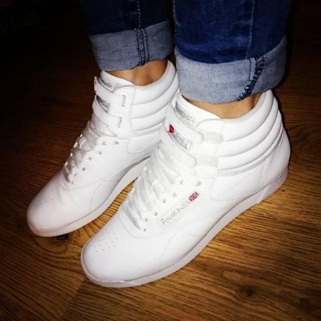 #reebok #reebokclassics #reebokclassic #hightops #trainers #footwear #lovethese #favourites #fancyfeet #happyfeet