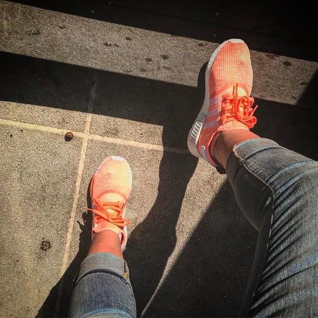 Easter means bright colors 😍 #kotd #wdywt #walklikeher #walklikeus #kicks0l0gy #adidas #nmd #boost