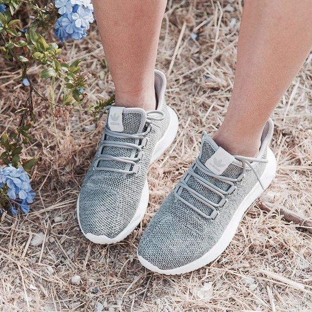 F A V 👟 sneakers on fleek👟Don't miss my latest blogpost {direct link in bio} #footlooker#sneakers#adidas#adidastubular#shoegram#instashoes#instadaily#fashiondaily#blogpost#fashionista#mode#fashiongram#instafashion#fashionblog#fashionblogger#instablogger#styleblogger#blog#blogger#streetstyle#beselfies#shoesoftheday