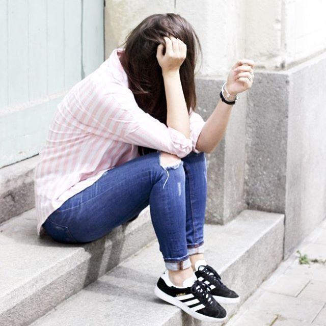 9304f491e3ee Dégaine du jour 👌🏼  ootd  outfit  fashion  gazelle  adidas