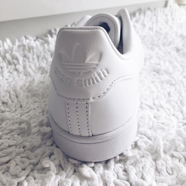 magasin en ligne 5d7ec a00b2 all white stan smith adidas