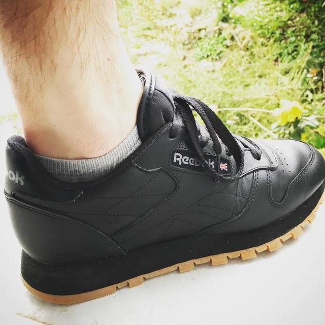 #reebokclassic #reebok #sneakers #shoes #black
