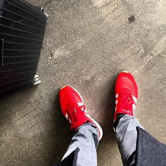 New kicks! #adidas #iniki #sneakers #threestripes #rimowa #helsinki