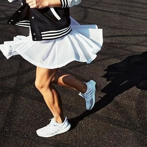 BEING HAPPY NEVER GOES OUT OF STYLE 🏃‍♀️🏃‍♀️🏃‍♀️🏃‍♀️🏃‍♀️🏃‍♀️🏃‍♀️🏃‍♀️ #happy#style#sport#instamood#instagir#love#skirt#white#sexy#power#positive#gym#muscle#buildingmuscles#healthy#workout#fitness#adidas#adidaswoman#yesadidas