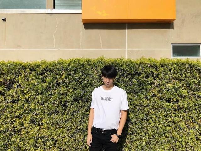 timlo_ss - Brackets T-Shirt