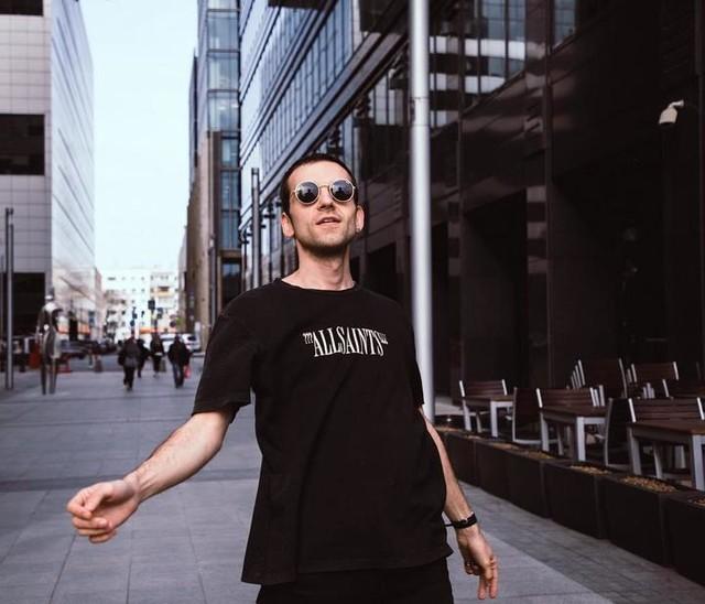 valery.latypov - Brackets T-Shirt