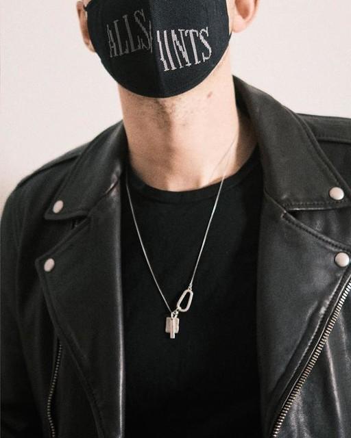 qdescotte - AllSaints Face Mask