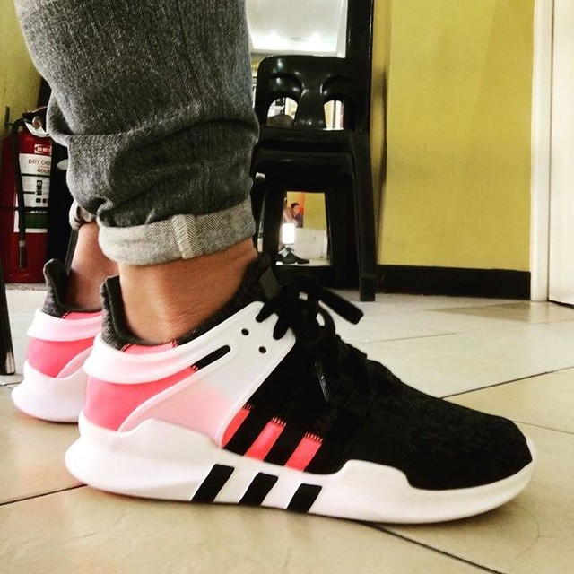 Midweek Un-DS #unds #eqt #eqtsupportadv #96-17 #adidas #adidasoriginals #YESadidas #sneakerfreaker #kicksonfire #complexsneakers #solecollector #sneakerlove #pink #turbored #pinkistough