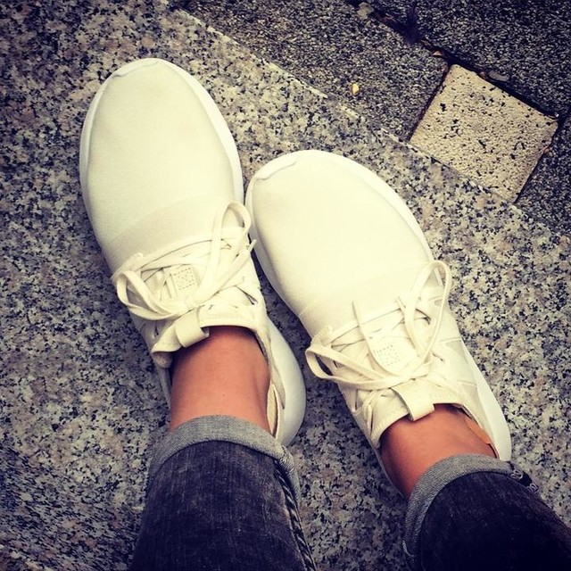 Sneakerliebe 💛 #adidas #tubular #hosehochkrempeln #sunday