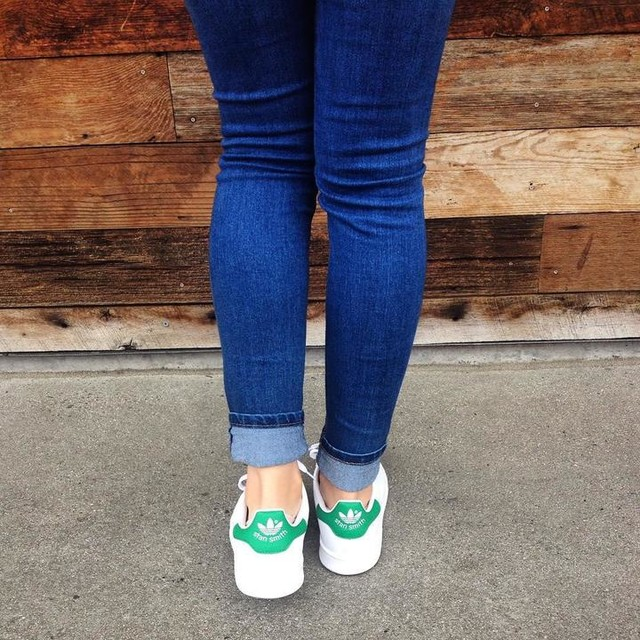 Follow my steps #stansmith 💚