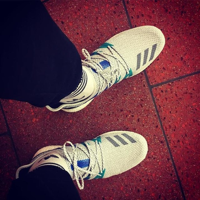 Welcome to the family! #am4ldn #speedfactory #adidas #threestripes #firsttimewearingthem